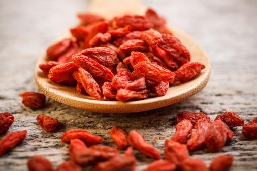 Fructele de goji: calitati si posibile interactiuni cu medicamentele