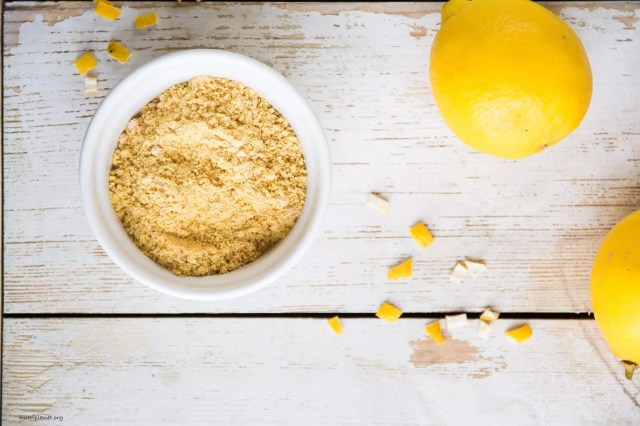 How to Make Dried Lemon Peel Powder