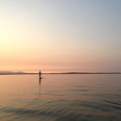 The most magical summer night: stand-up paddle boarding in Shilshole Bay Marina