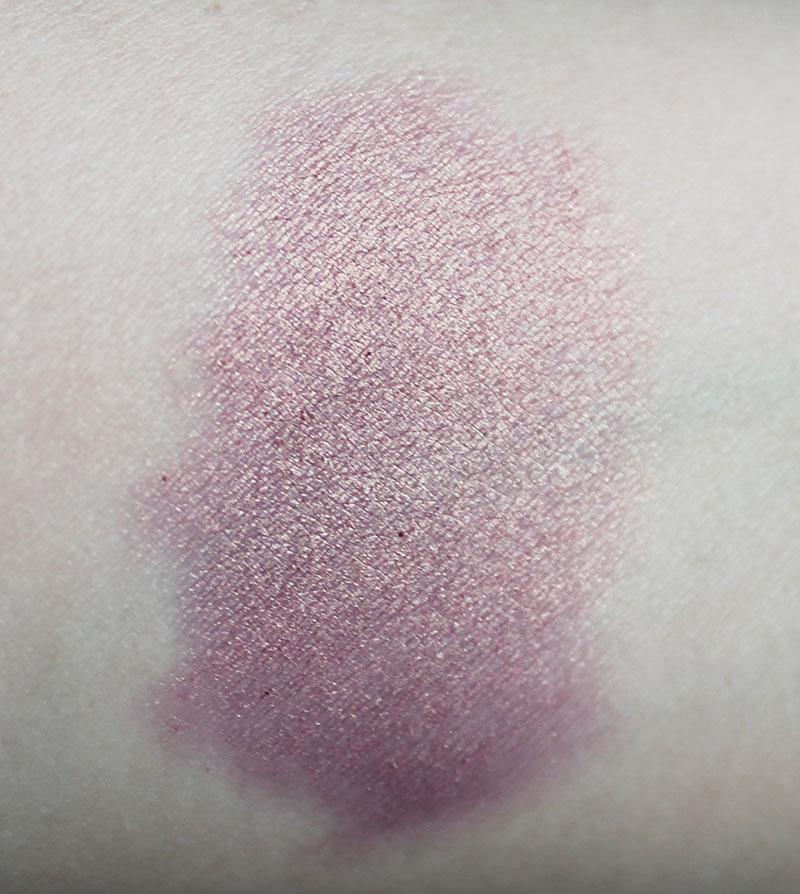 Korres-Twist-Eyeshadow-68-Golden-Pink-04