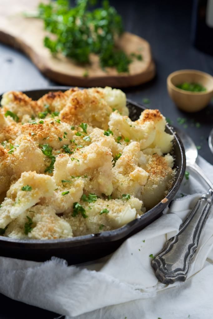 Garlic-Gouda-and-Parmesan-Cauliflower-Au-Gratin-2-682x1024