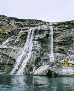 Sermitsiaq vandfald