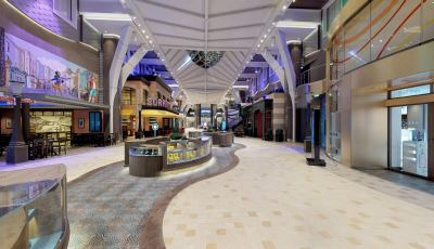 Symphony of the Seas- The Promenade 3D Model