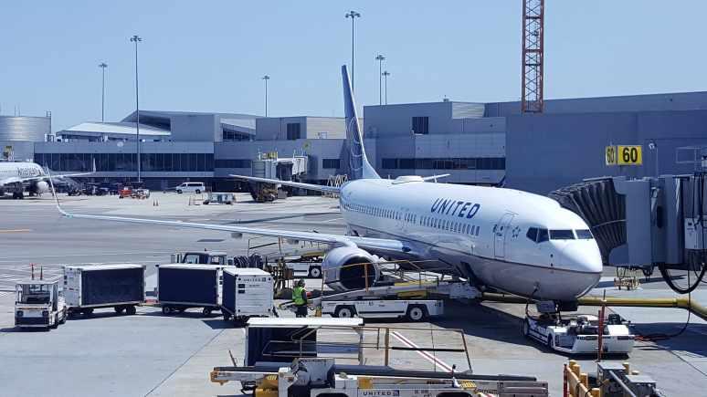 Avion United Airline
