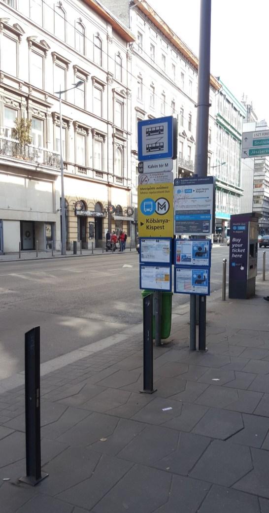 Arrête bus 100E Kalvin Ter Budapest