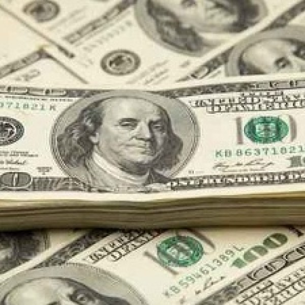 Generic-money-cash-currency-bills_20160129161801-159532