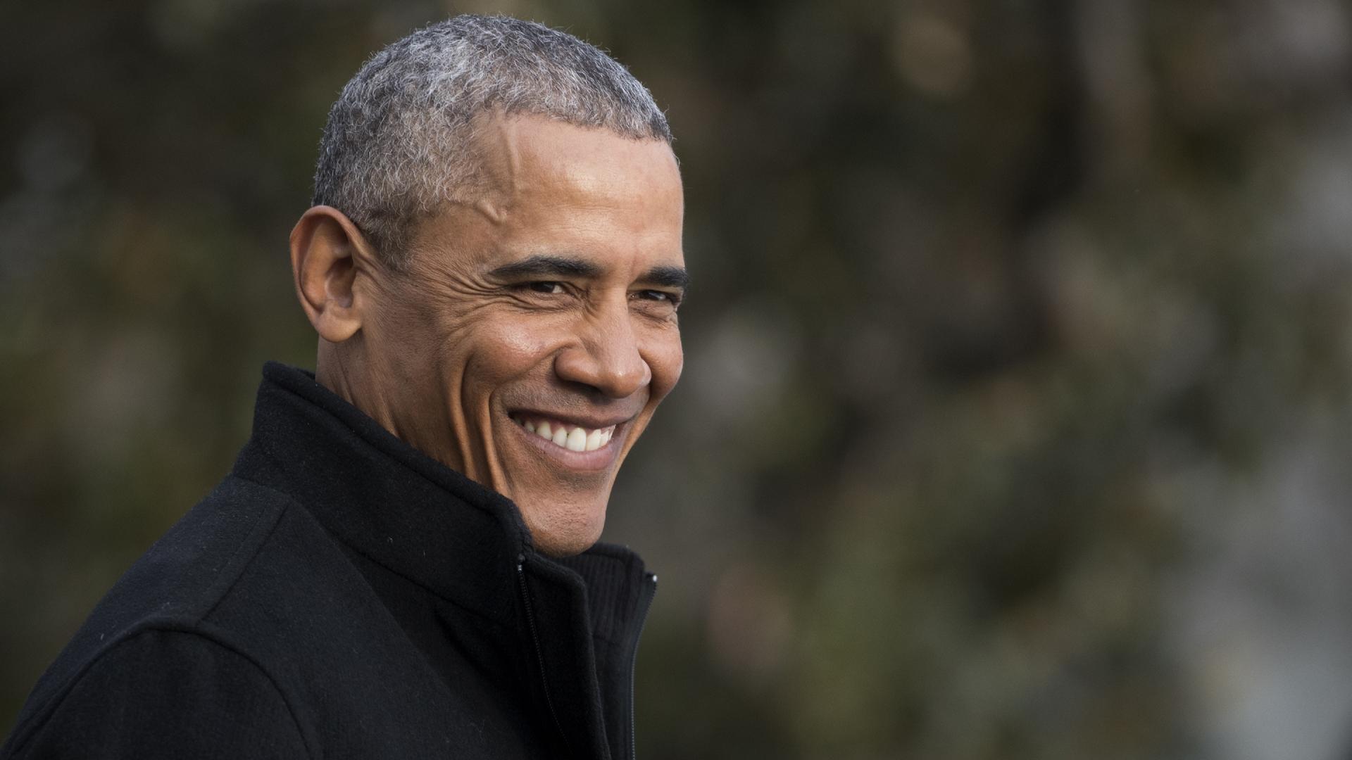 Barack Obama black jacket later in presidency11361161-159532