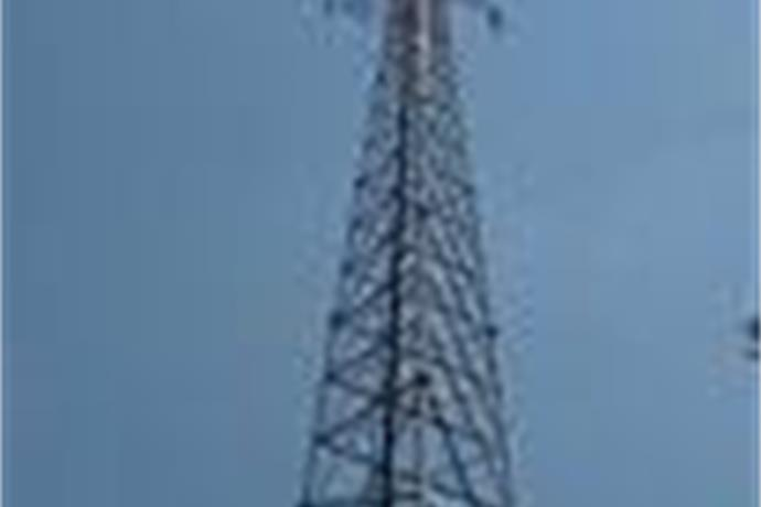 Cell Tower Gets Bad Reception_7315838775298769988