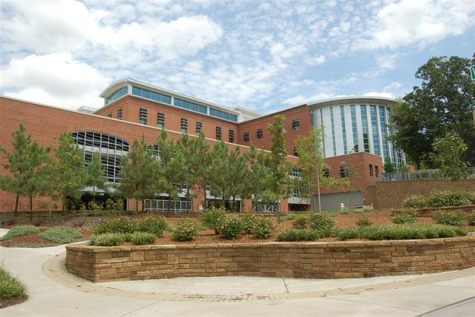 Fayetteville Public Library to Temporarily Close Friday_3502957598406953516