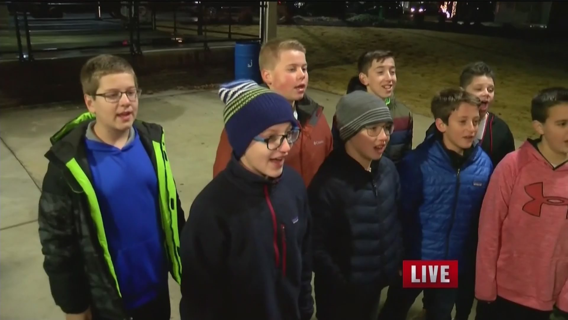 CAROLING_ON_THE_CREEK_KNWA_0_20181214142722