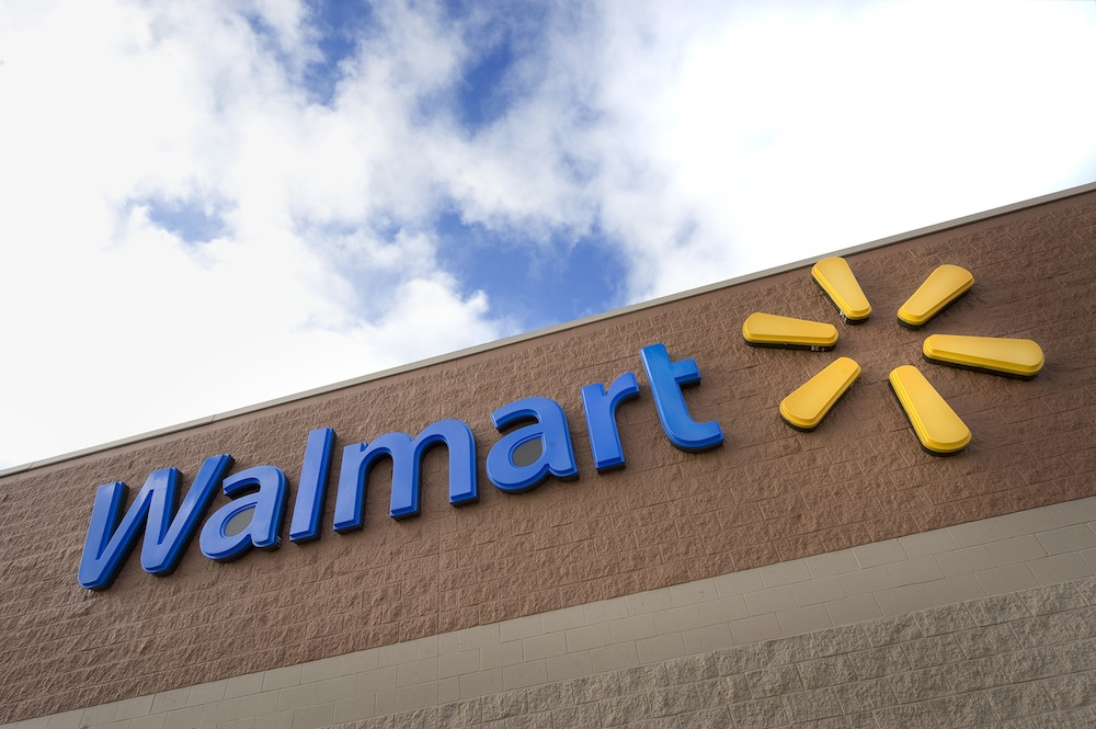 Walmart to Raise Truck Driver Wages