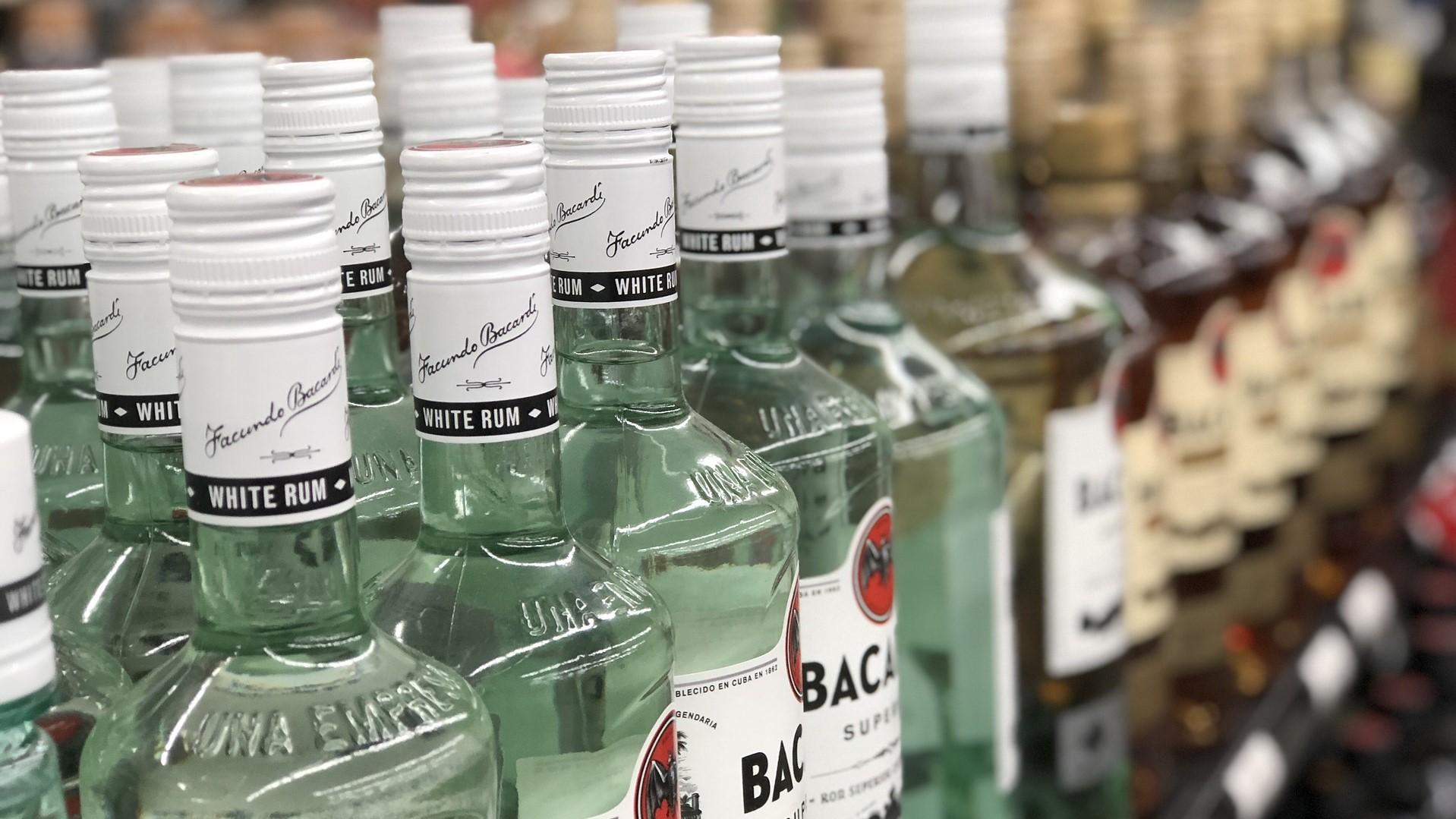 liquor-store-3828359_1920_1550854151783.jpg