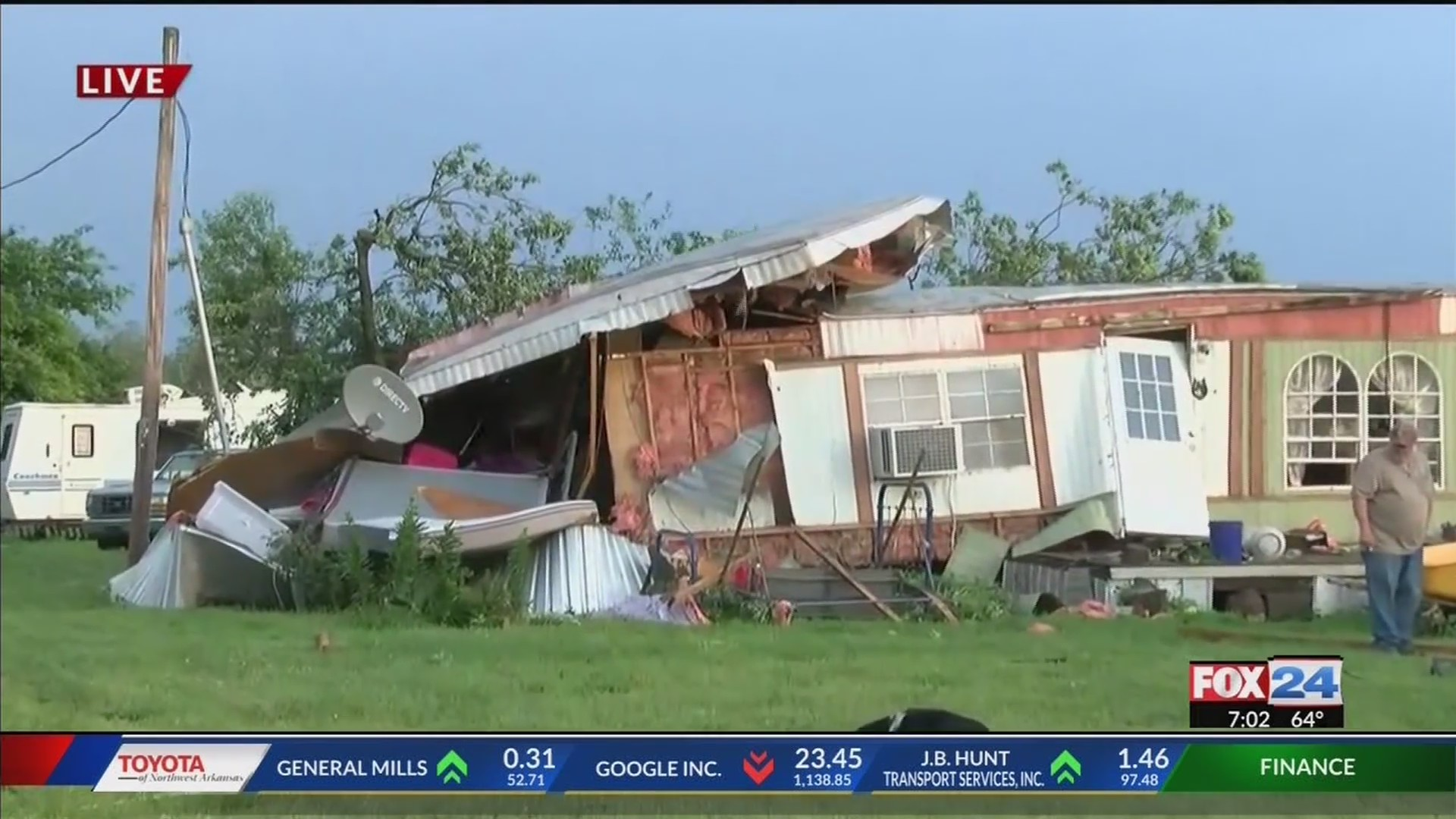 Possible tornado damages homes west of Siloam Springs