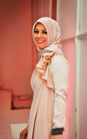 https://i0.wp.com/www.nwasianweekly.com/wp-content/uploads/2012/31_28/nation_hijab2.jpg?resize=300%2C479