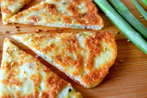 https://i0.wp.com/www.nwasianweekly.com/wp-content/uploads/2015/34_20/food_omelette.JPG?resize=500%2C333