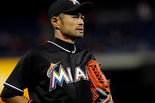 https://i0.wp.com/www.nwasianweekly.com/wp-content/uploads/2015/34_47/sports_ichiro.jpg?resize=500%2C333