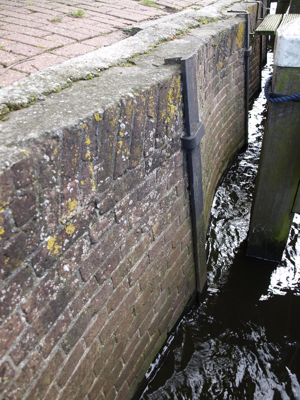 Oudste kade van de haven van Spakenburg