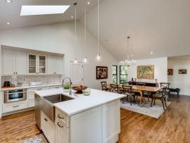 31919-NE-16th-St-Carnation-WA-MLS-Sized-024-17-Kitchen