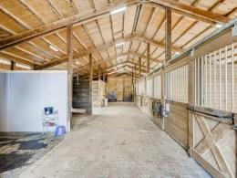 31919-NE-16th-St-Carnation-WA-MLS-Sized-038-33-Barn