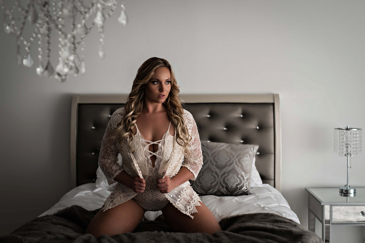 Hot New Styles to add to your Boudoir Photo Session