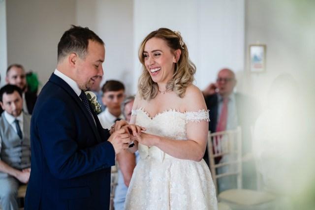 lyndseys wedding at oakley hall in basingstoke, hampshire