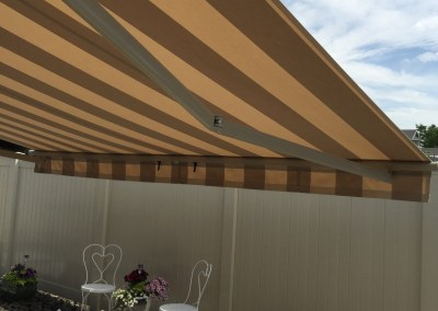 Retractable Awning with Pitch Control