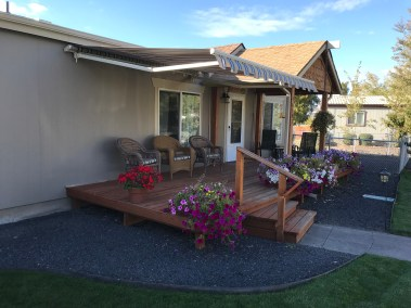 Tuscon Crank Style Retractable Awning