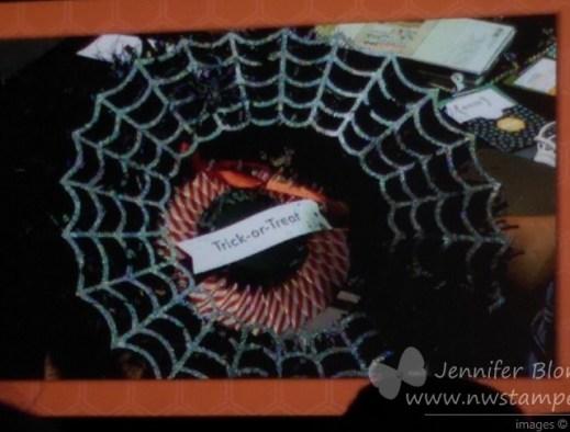 Halloween-wreath-Stampin-Up-2014.jpg