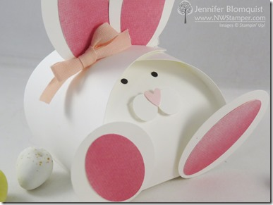 Curvy Keepsake Easter Bunny close up