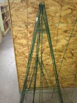 """60"""" Wire Easel"""