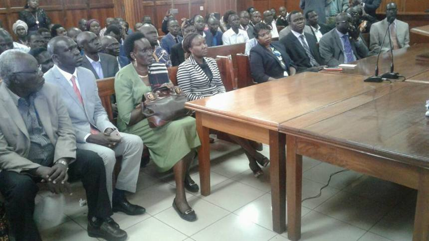mama Rebecca Nyandeng de Mabior, Ambassador James Oryema and hundred of South Sudanese attending Milimani Courthouse in Nairobi, Kenya, January 27, 2017(Photo: file)