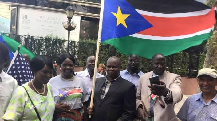 Pagan curses president Kiir for killing almost 20,000 innocent Nuer during the Juba massacre, tells him to apologize