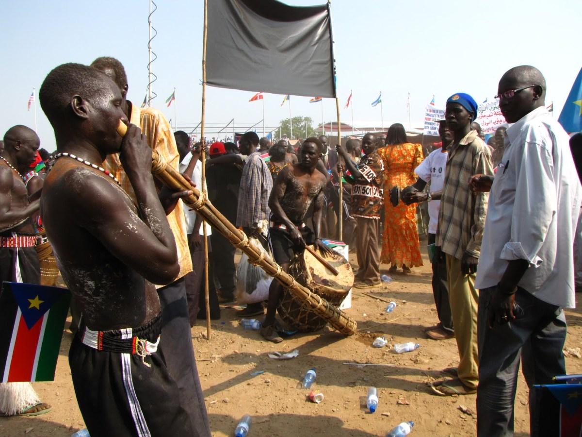 The Mundari Ethnic group celebrating the independent of a new country, South Sudan, with their instruments in 2011(Photo: South Sudan 2011)
