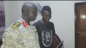 South Sudanese soldiers staging a controversial gun demo in Juba, so far experts claims the demo was fake and the young colonel should be enlisted from the army(Photo: file)
