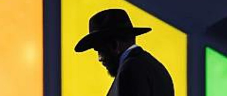 South Sudan's President Salva Kiir walks away from the podium after addressing the India-Africa Forum Summit in New Delhi on October 29, 2015.(Photo credit: AFP PHOTO /ROBERTO SCHMIDT)