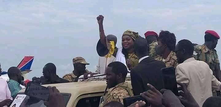 Governor of Western Bahr el Ghazal state governor Sarah Cleto Rial being welcomed in Wau (Photo credit: Nyamilepedia Press Team)