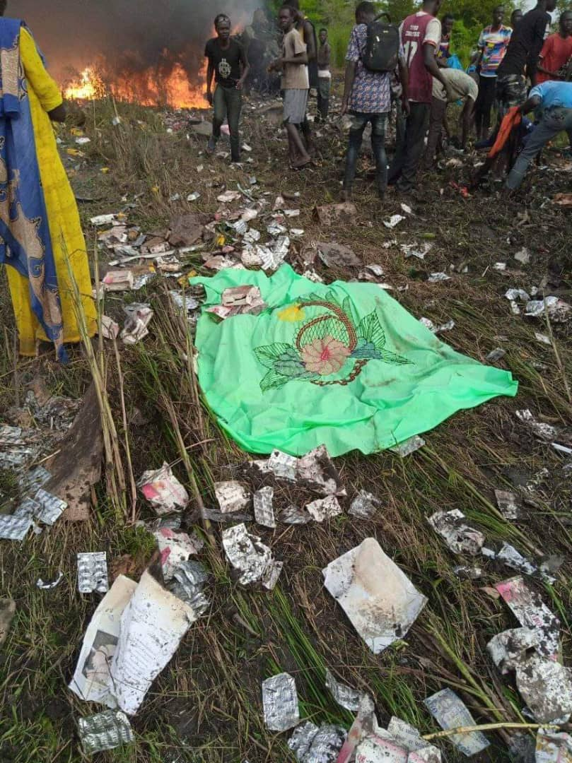 Scattered money at the South Sudan plane crash site near Juba. Out of 9 people only one person survived(Photo credit: supplied)
