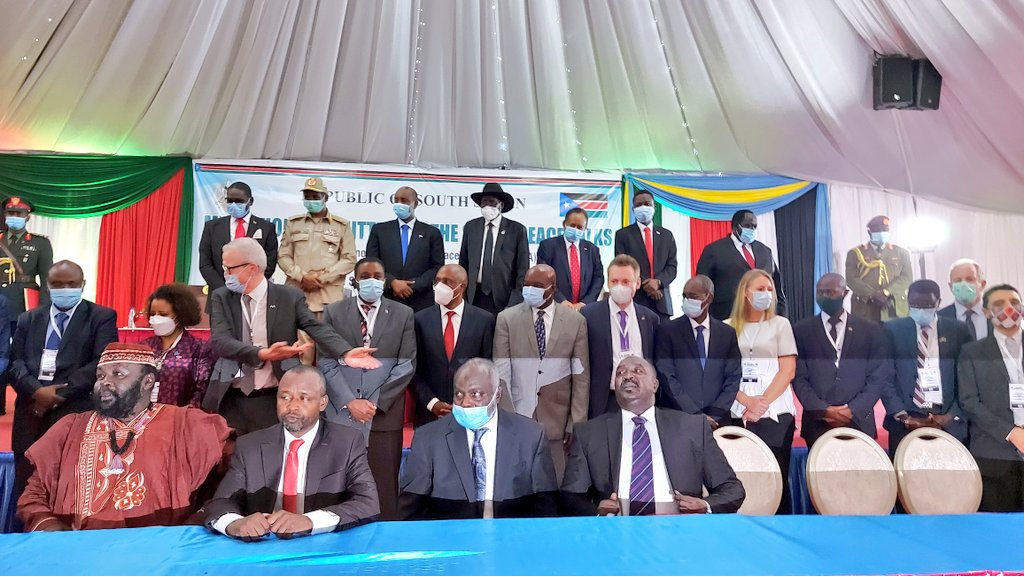 Members of Sudanese peace delegations post for a picture with mediators and foreign dignitaries in Juba, South Sudan(Photo credit: supplied/Nyamilepedia)