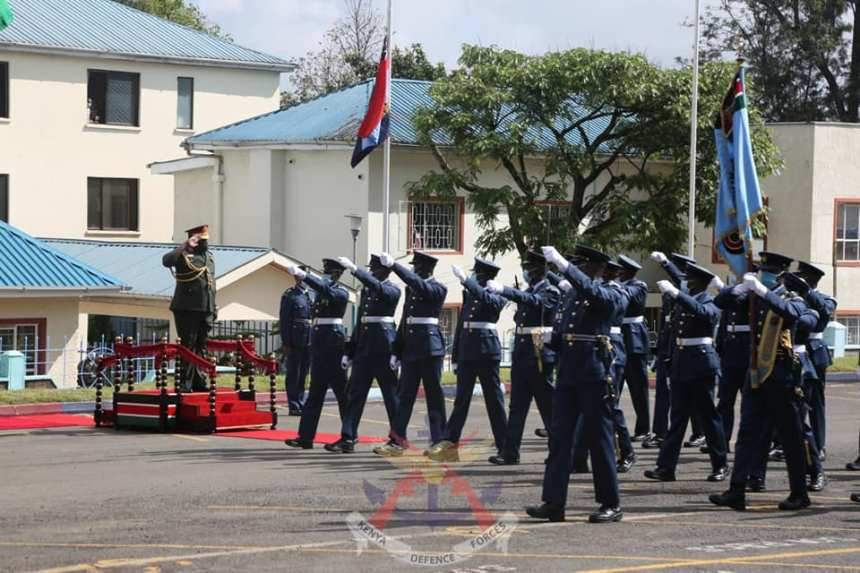 South Sudan Chief of Defense Forces Gen. JJ Okot receiving a guard of honour in Nairobi(Photo credit: courtesy image/KDF)