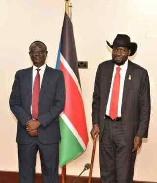 President Salva Kiir and Chief of Internal Security Intelligence, Gen. Akol Khor Kuch(Photo credit: courtesy image/Nyamilepedia)
