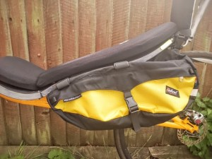 Who the heck would put panniers on a Cruzbike Vendetta? This guy. These look like Radical Design's banana racers with 25 liters capacity. Notice they're entirely out of the slip stream.
