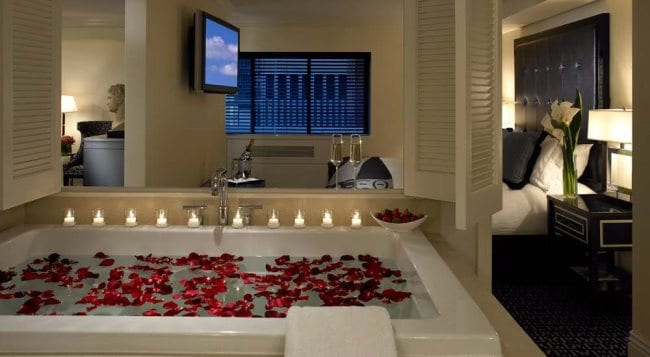 Romantic Hotel With Jacuzzi In Room Scotland