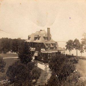 The Tinker Cottage in Setauket, NY