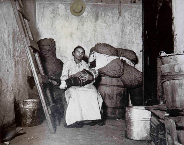 "Jacob Riis' ""The Lower East Side Madona,"" slightly colorized to emphasize the halo effect in Riis' composition."