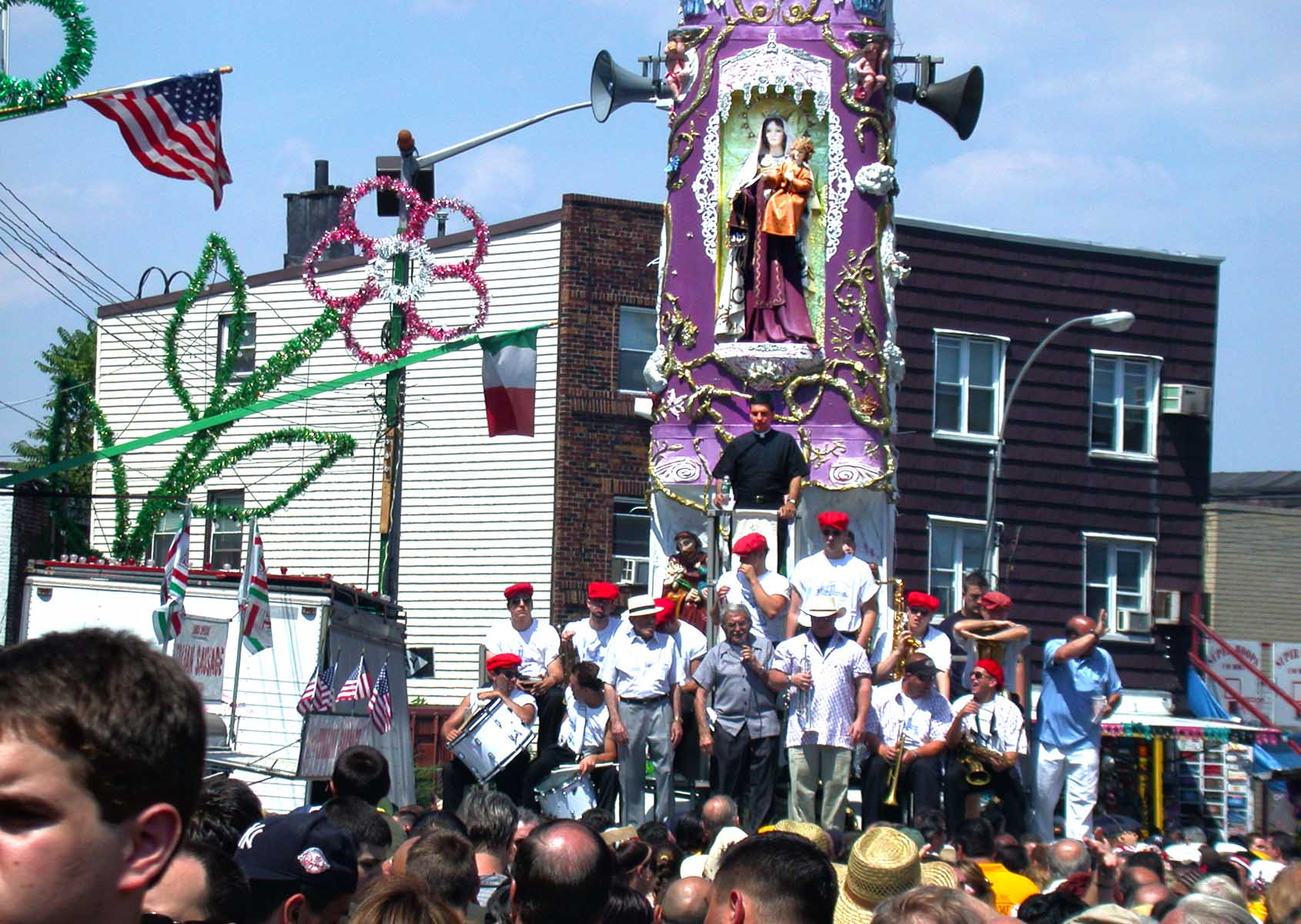 So you think you can dance the Giglio in Williamsburg? Watch