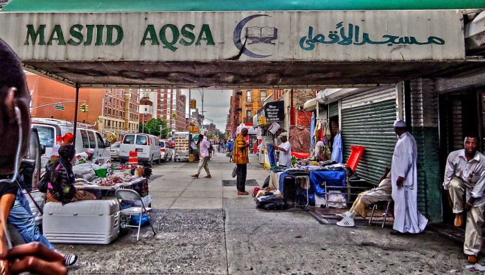African mosque and market in Harlem. Photo: Melissa Kimiadi/A Journey through NYC religions