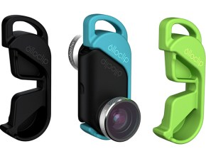 The compact design of this 4 in 1 lens for iPhone 6/6 Plus works on both front and rear-facing cameras. It works with all mom's favorite photo apps is easy to clip on and off her iPhone in seconds.