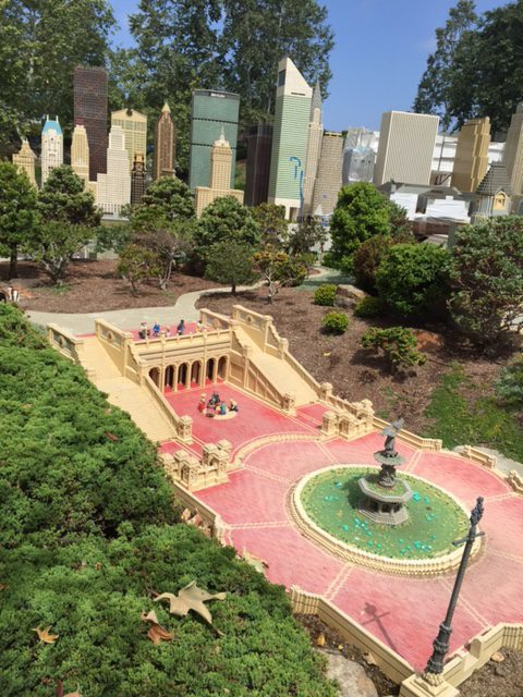 Central Park's Bethesda Terrace and Fountain - LEGO Miniland U.S.A