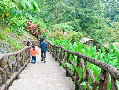 Kid-Friendly Costa Rica Family Vacation