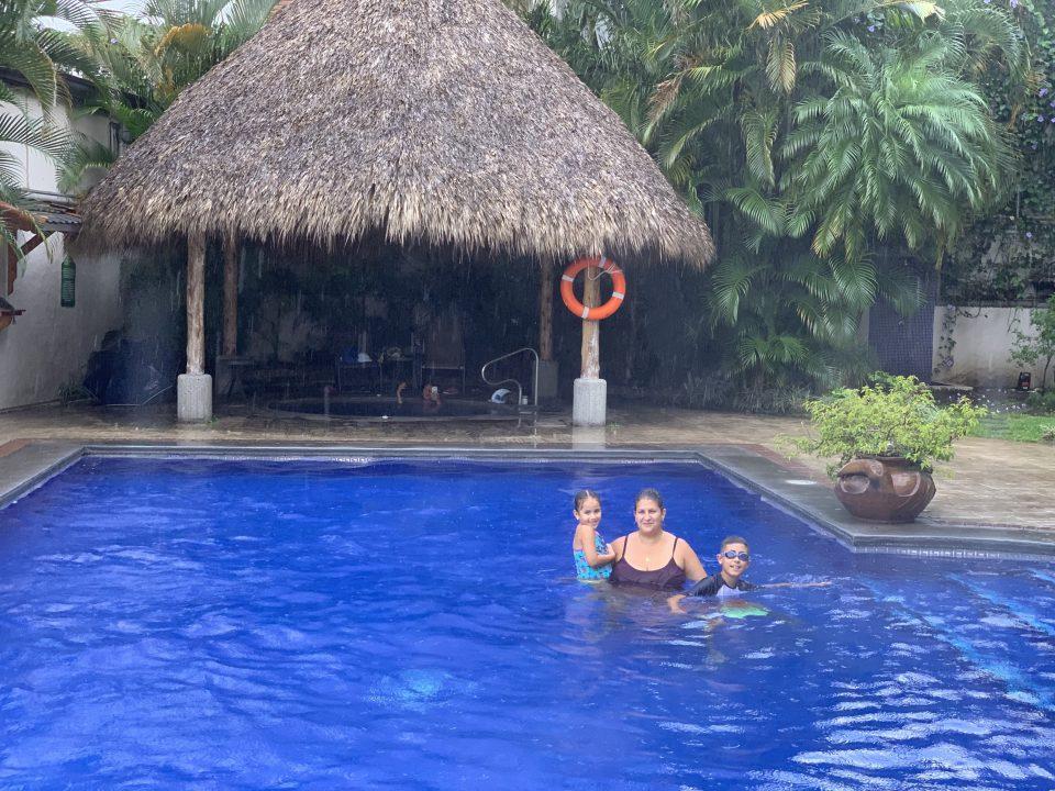 Apartotel Villas del Rio - Costa Rica Family Vacation